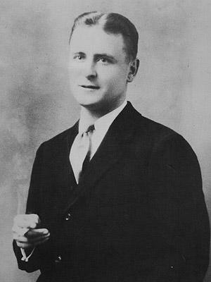 f-scott-fitzgerald-photo