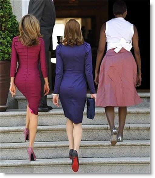 princess-letizia-carla-bruni-michelle-obamas-butts