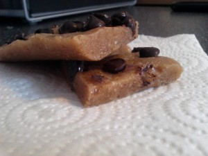 chocolate_chip_cookie_dough_bars2