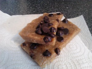 chocolate_chip_cookie_dough_bars3